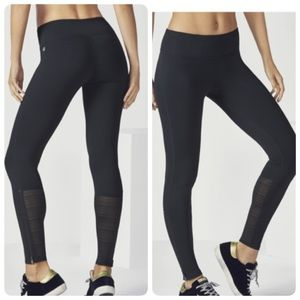 Fabletics Angie Legging In Black Ankle Zip